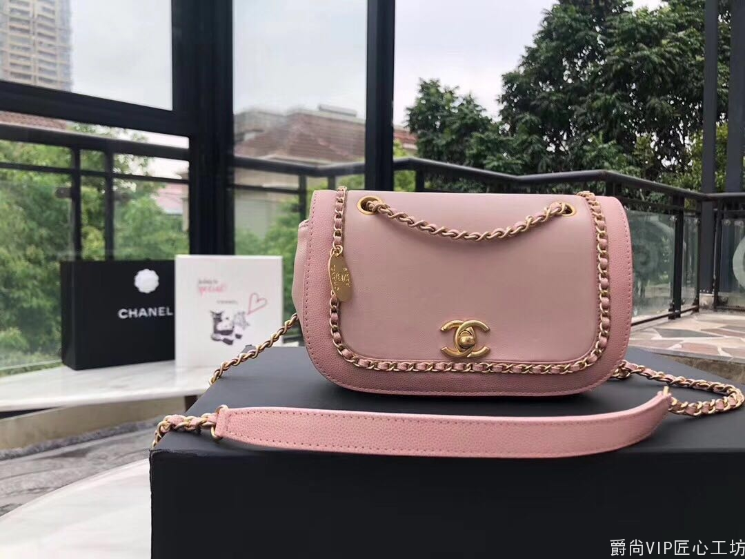 2019 Chanei早春系列、围链包粉色