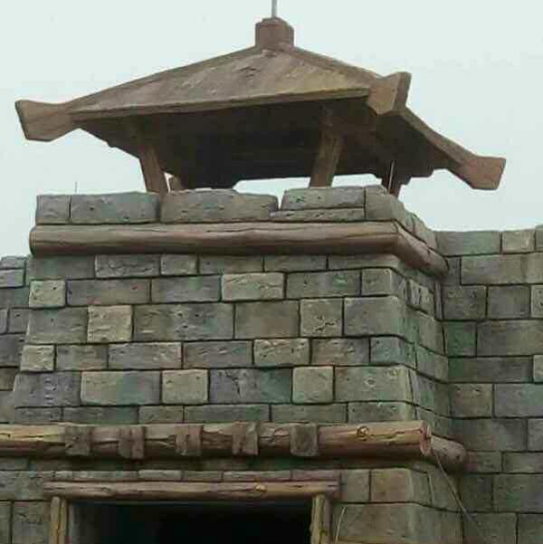 新疆和田旅游开发区仿真城堡