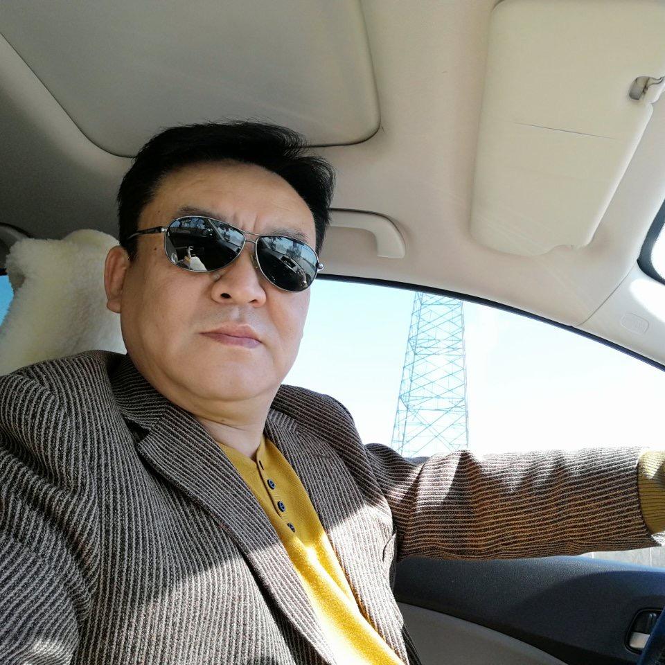 副会长:杜文俊 公司 沈阳奉宇翔广告有限公司