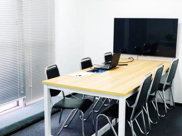 簡潔的小教室_副本.jpg