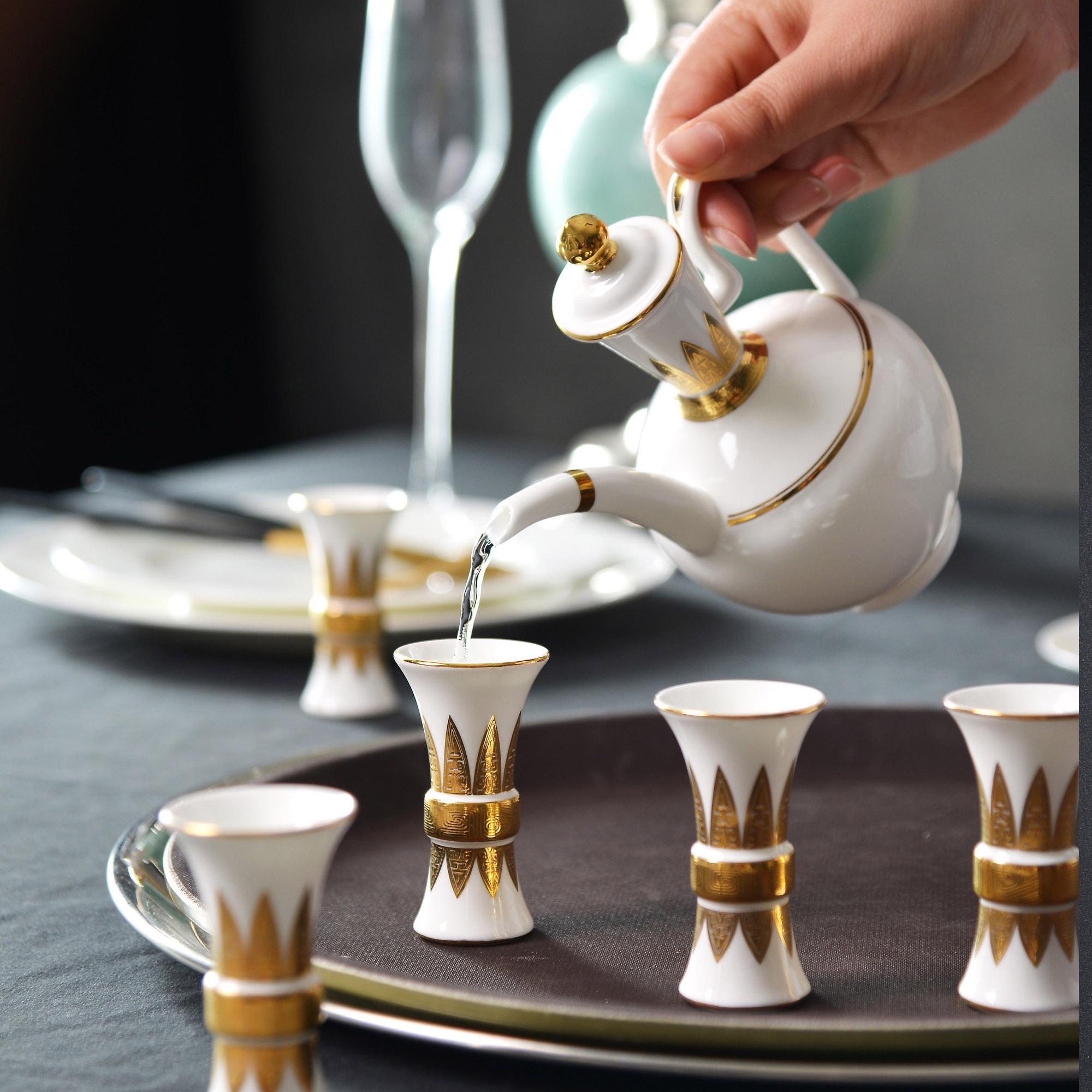 G20青銅時代白酒具